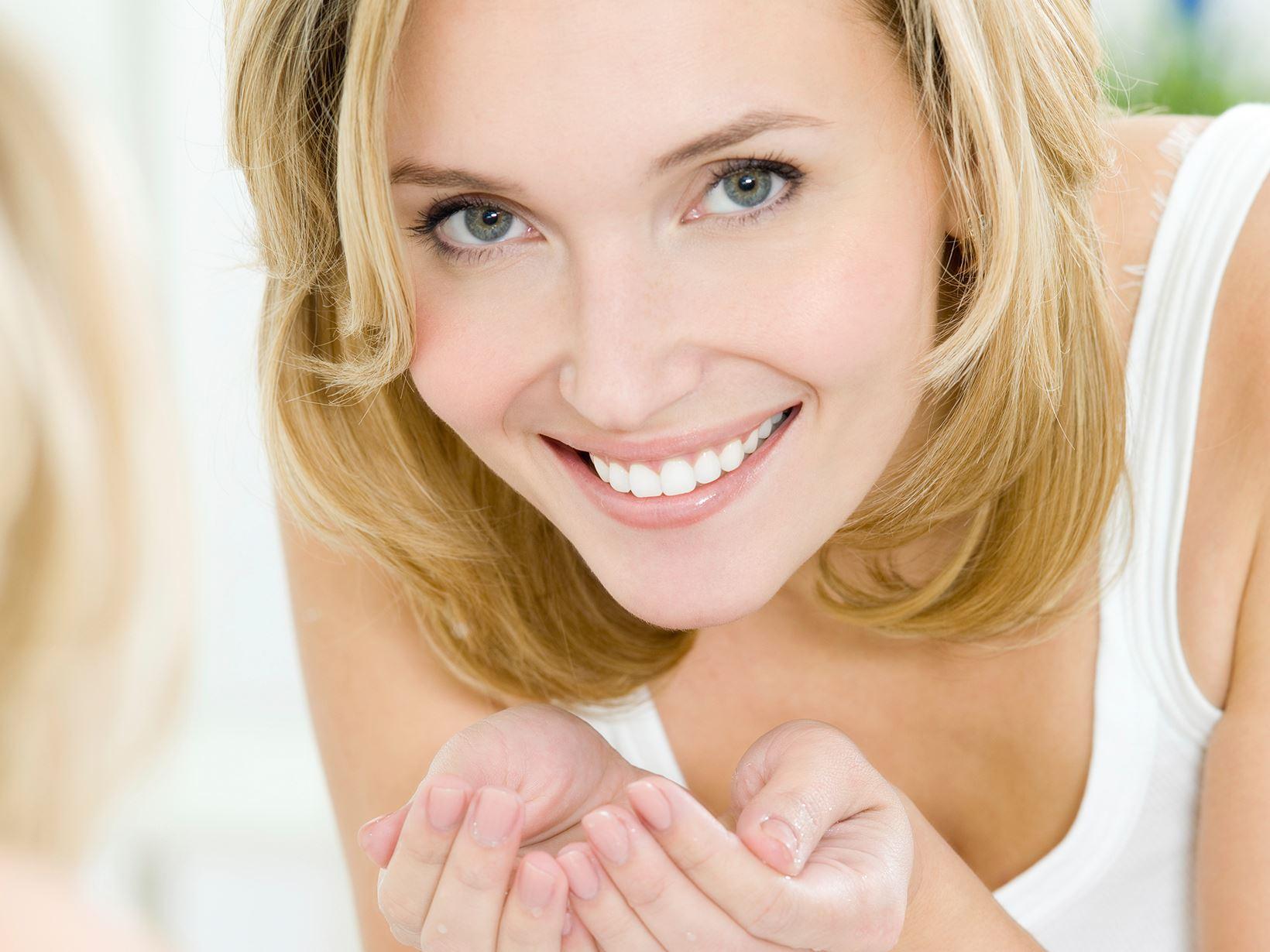 Премахване на черните точки с паста за зъби