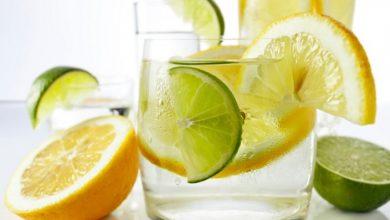 лимонена вода при хълцане