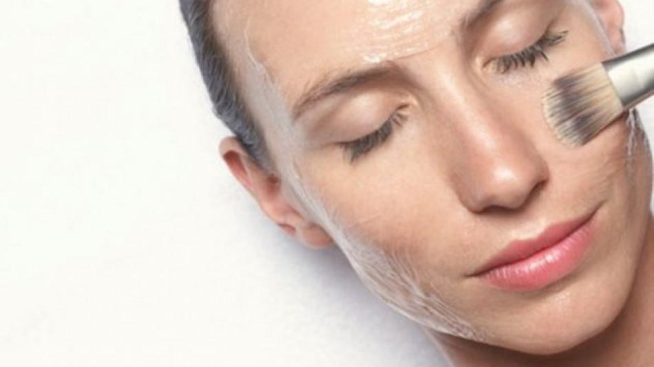 Няколко лесни домашни маски против бръчки