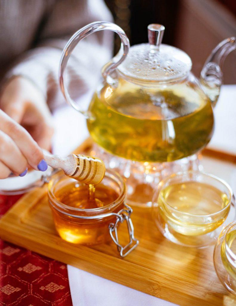 Медът като лекарство и храна