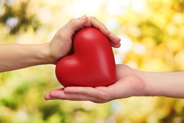 Ръцете разкриват какви сте в любовта