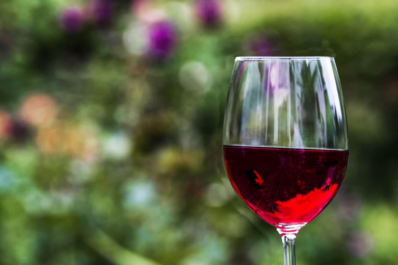 Чаша вино – равна на час във фитнеса