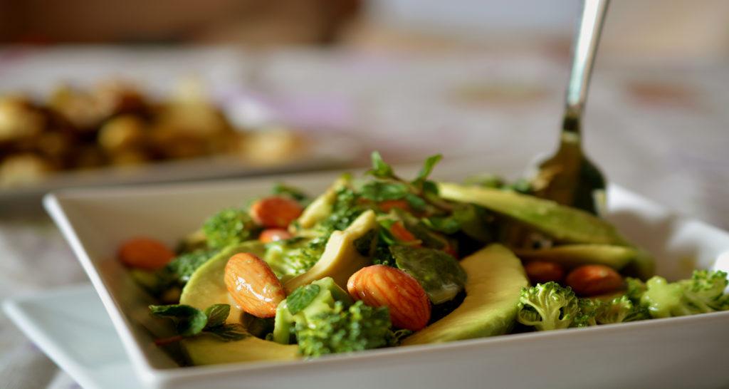 Броколи и авокадо забавят остаряването