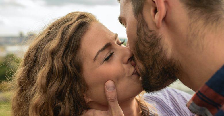 Целувката и любовта